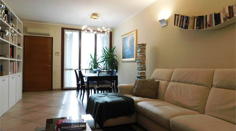 Terraced house for sale in San Genesio ed Uniti